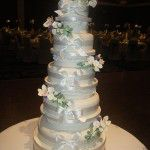 iced ruffles wedding cake