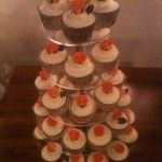 cupcakes with orange roses