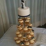 gold ivory and navy cupcakes