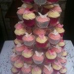 pink and cream butterfly wedding cupcakes