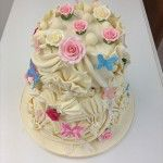white chocolate 3 tier fan and rose cake