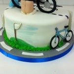 golf and cycling on cake