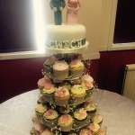 cwtch wedding cake cupcakes