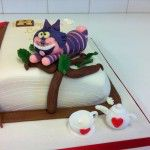 handmade chershire cat on alice in wonderland cake