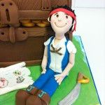 jake and the neverland pirates cake, treasure chest cake
