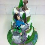 side view of rock climbing cake
