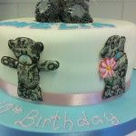 sugar runouts on tatty bear cake
