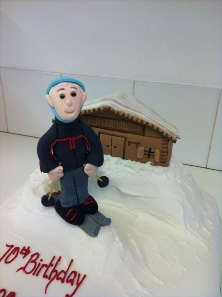 Ski Cake With Shallet And Snow