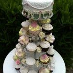 vintage wedding stand with top tier cwtch cake