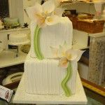 4 tier with lillies