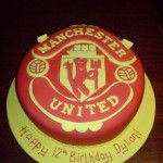 man-utd-badge-cake
