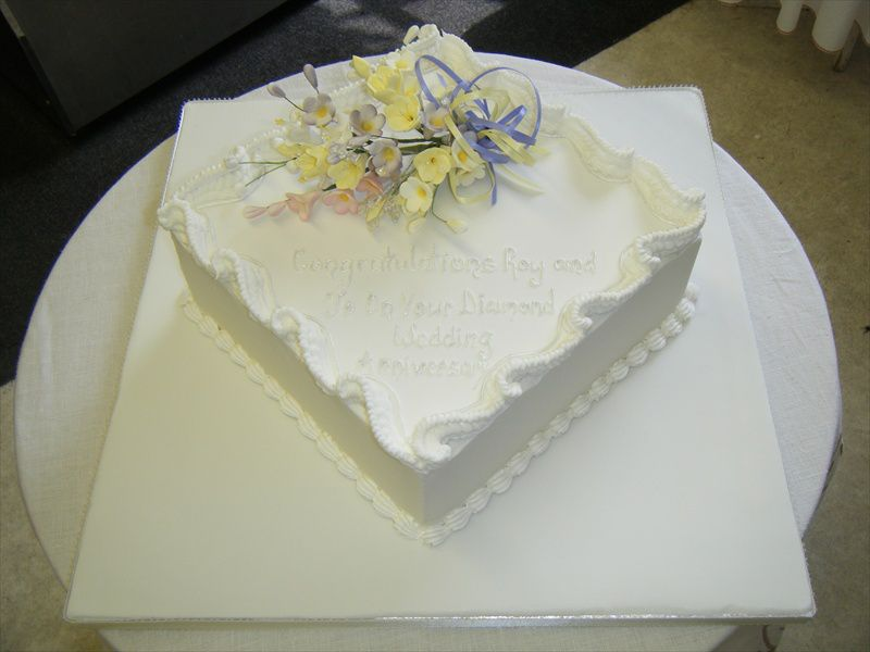 Wedding Anniversary Gifts Uk Wiki : Special Occasion Cakes Anniversary Golden Wedding Anniversary Cake
