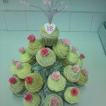 23 cupcakes with handmade roses