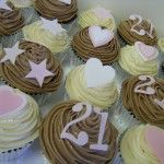 21st cupcakes silver cases