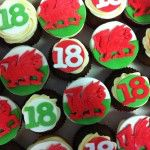 welsh flag 18 cupcakes