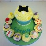 alice in wonderland giant cupcake with matching cupcakes